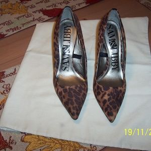 SAM & LIBBY BRAND NEW LEOPARD PUMPS SHOES 9